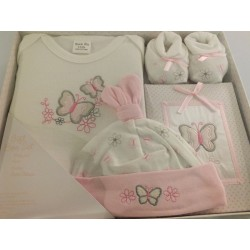 Gift set  by bee Bo for a baby girl newborn ( 0-3 months) 4 pieces